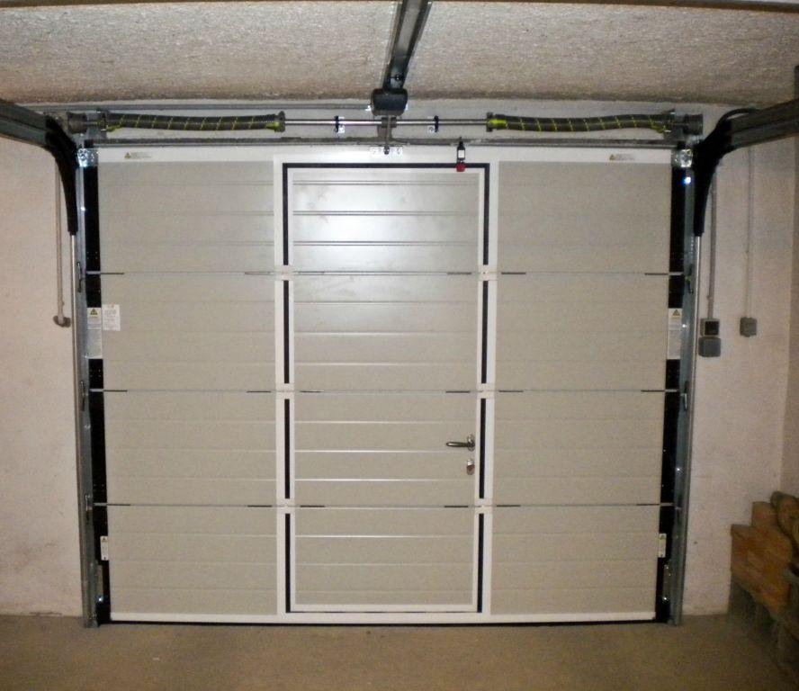 Porte De Garage Electrique Avec Portillon Automobile Garage - Porte de garage basculante avec portillon