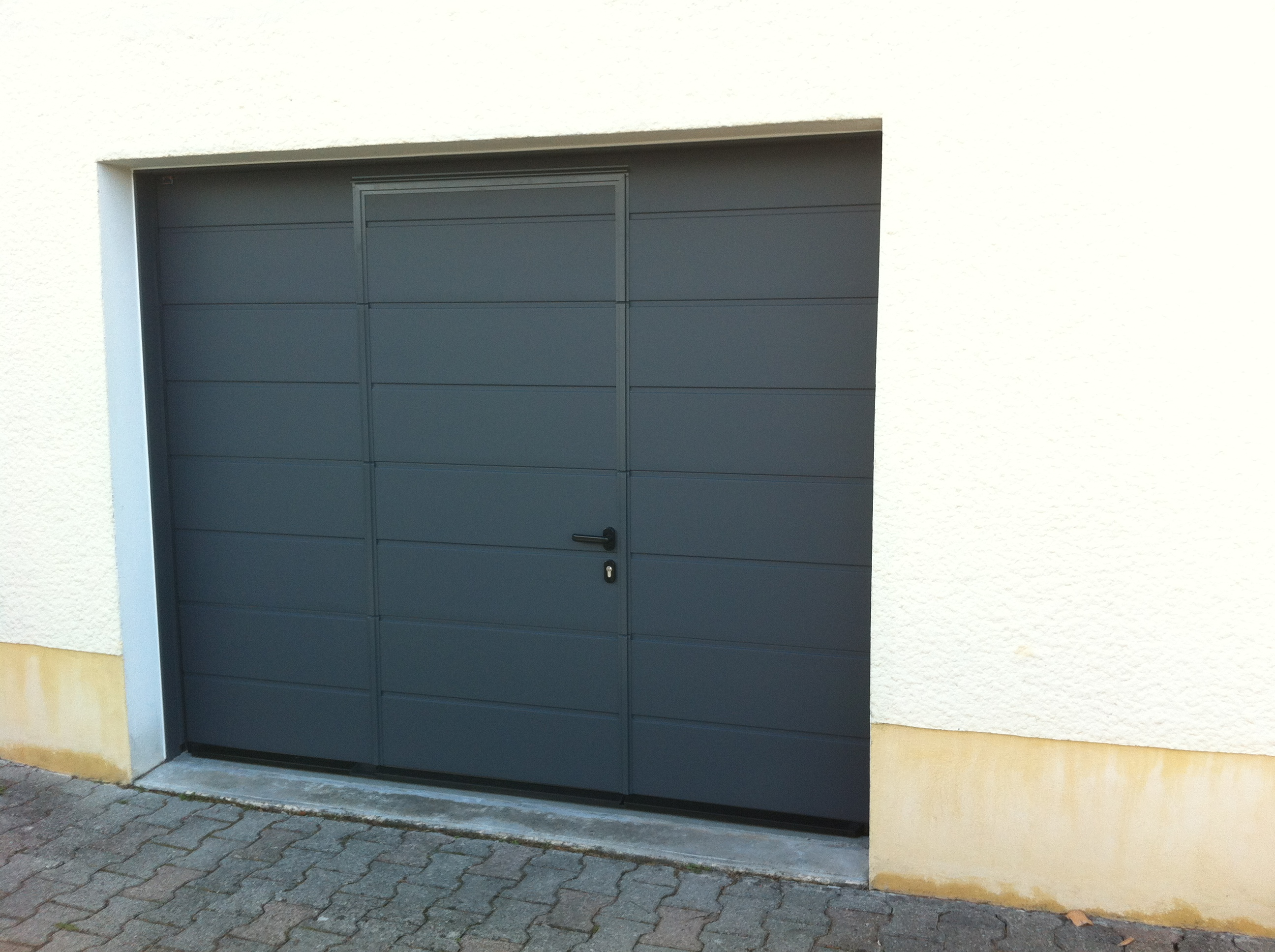 Portail bricoman portail alu bricoman avec portail - Porte de garage sectionnelle avec portillon pas cher ...