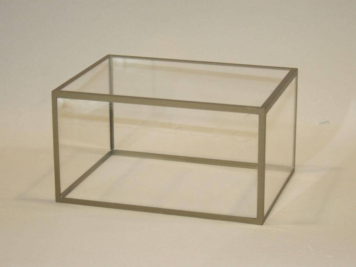 acheter plexiglass sur mesure automobile garage si ge auto. Black Bedroom Furniture Sets. Home Design Ideas