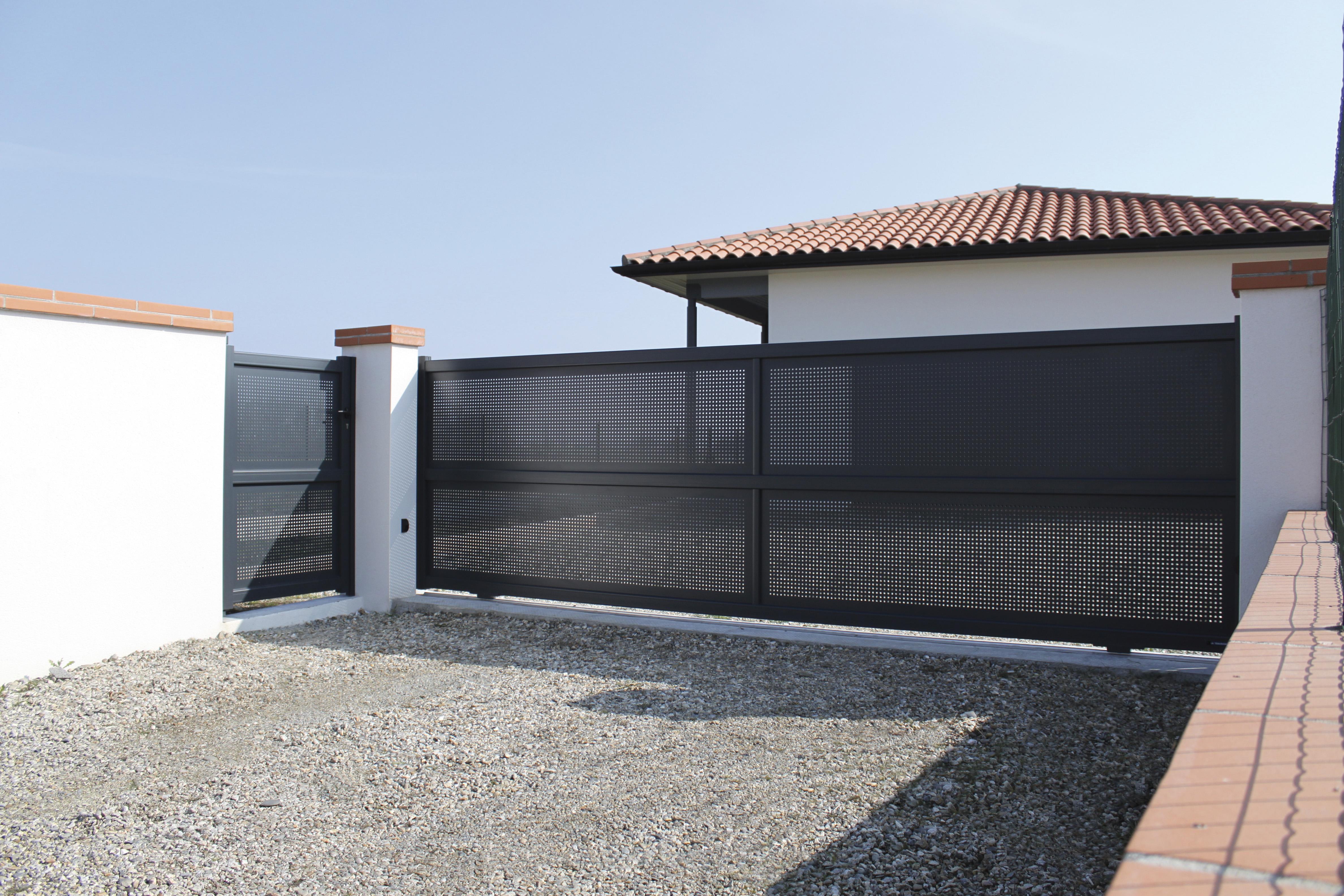 telecommande porte de garage lapeyre automobile garage si ge auto. Black Bedroom Furniture Sets. Home Design Ideas