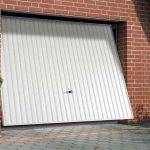 Porte de garage sectionnelle motorisée lapeyre
