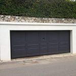 Porte de garage grande